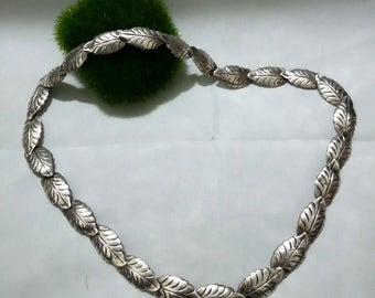 Vintage leaf link TAXCO 960 Mexican sterling silver necklace