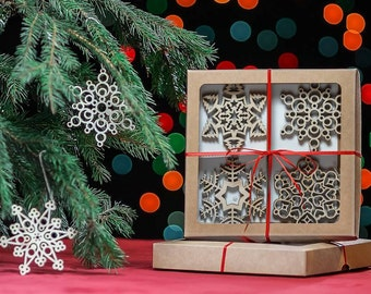 Christmas Tree Ornaments, Set of 12 Christmas tree decoration, Christmas wooden snowflakes, Laser cut snowflakes, Christmas wooden toys