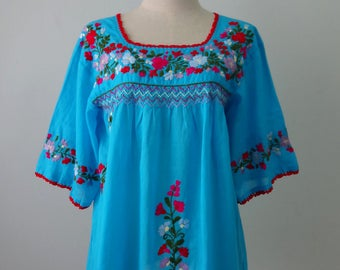 Mexican Blouse, Blue Blouse with Hand Embroidery, Oaxacan Blouse