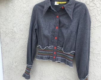 Women's Vintage 70s Denise Are Here Long Sleeve Grey Button Up Top w/ Embroidery