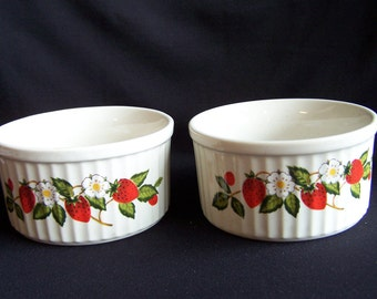 Sheffield Strawberries 'n Cream Ramekins, Stoneware Ramekins