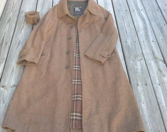 Vintage Burberry Tweed Wool Overcoat men's size 40R Made in England