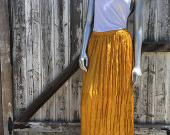 Women's Vintage Yellow 90's Maxi Skirt Size Small
