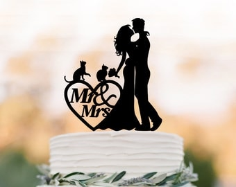 bride and groom Wedding Cake toppers with two cats, mr and mrs cake topper