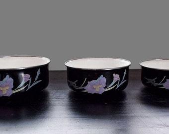 Mid Century Mikasa Nesting Bowls, Vintage Enamel Bowls, Enamelware, Enamel Nesting Bowls, Vintage Kitchen, Cottage, Farmhouse, Mid Century