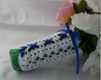 Shells and Lattice Crocheted Bouquet Wrap