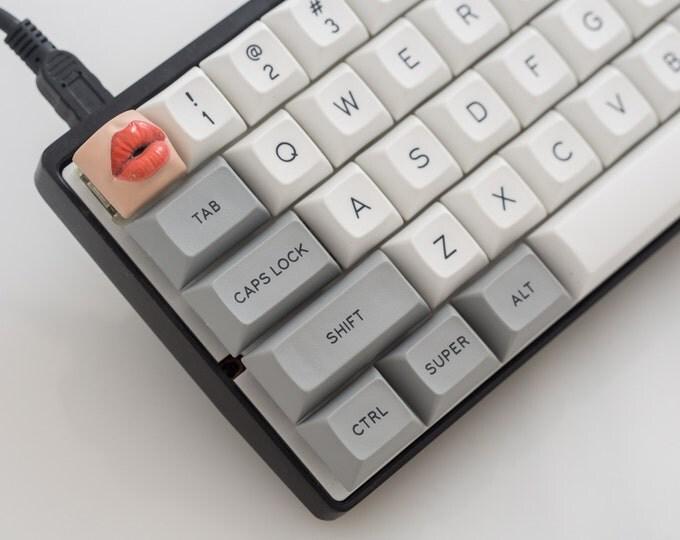 Kisskey - Cherry MX Keycap (Custom Hand Painted)