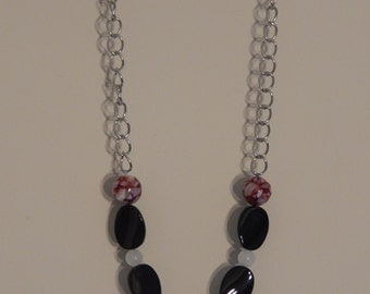 Red Mother of Pearl and Black Necklace and Bracelet set