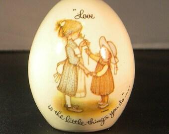 """Vintage Holly Hobbie Porcelain """"love"""" egg; Collectible Hobby Hobbie Egg; Vintage 1970s"""