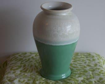 A Portmeirion Starfire pattern Vase.