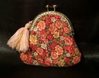 kisslock red and pink floral coin purse, Mothers Day gifts, gifts for her, lip balm purse