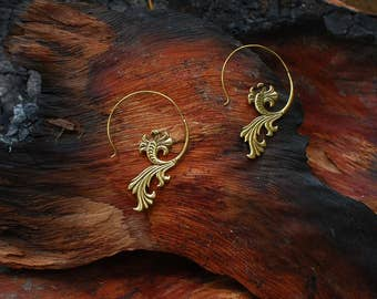 Dancing Flower - ear jewelry