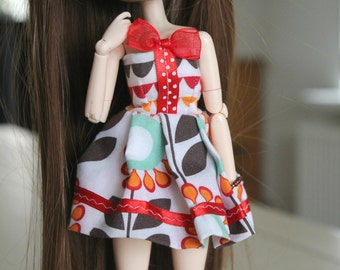 Short pullip/obitsu dress with a red bow