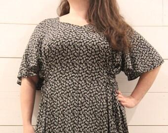 Winona Dress Fits sizes 18, 20, 22, 24