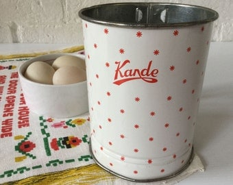Kande sifter Made in Australia Vintage kitchen Flour sifter Country kitchen Vintage utensils