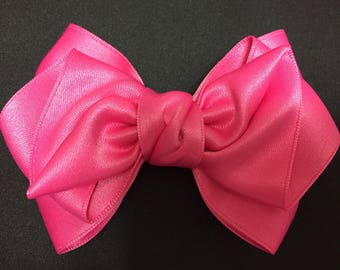 Pink pretty Ribbon / hair bow