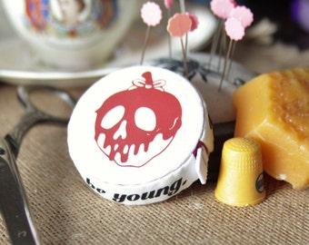 Snow White - Poison apple  Tape Measure Cozy