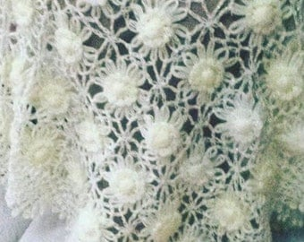 ON SALE %30 OFF    Hand Knitted  flower bride shawl