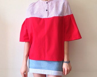 Red blouse / short sleeves shirt