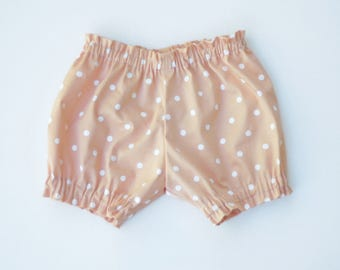 Bloomers for baby girl. Peach bloomers for baby girl