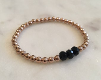 14K gold filled and black beaded bracelet, 14K gold filled and black stackable beaded bracelet, 14K gold filled round beads, 4mm, 5mm beads