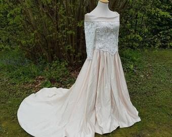 Beautiful Vintage Blush Wedding Dress