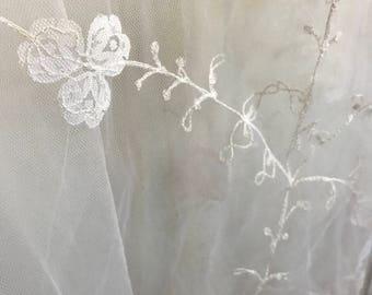Vintage Bridal Veil 1979 embroidered