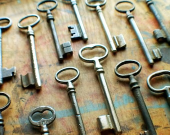 Large Antique Skeleton Key Lot // New Year Sale - 15% OFF - Coupon Code SAVE15