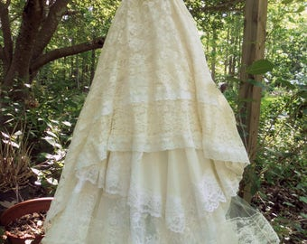 Ivory  tulle dress lace  wedding cream  vintage cupcake boho  bride outdoor  romantic small by vintage opulence on Etsy