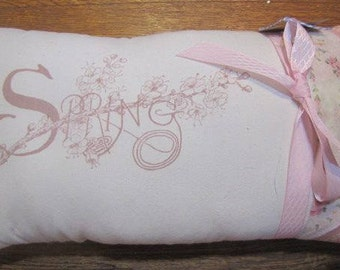 Sweet vintage style pillow for spring!