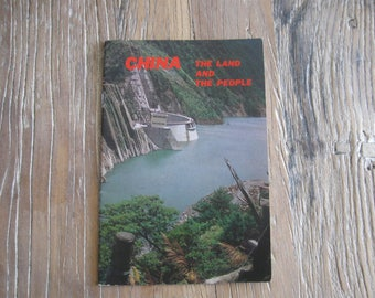 1976 Taiwan Brochure China The Land and The People Black & White Photos History Government
