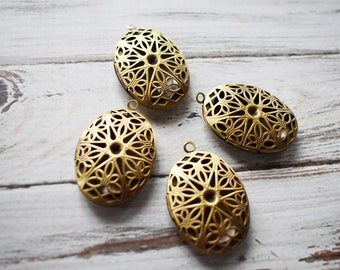 Antique Brass Lockets- Vintage Style Filigree Lockets- Oval Glue Locket Pendant Set of 4