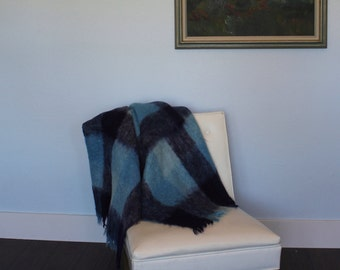 Vintage GLEN CREE Blue plaid wool throw blanket - Scotland, mohair, afghan, Jenners, nursery, baby, Cree Mills, stadium, picnic