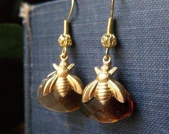 Amber Honeybee Earrings, Brown Bee Earrings, Amber Glass Earrings, Brass Teardrop Earrings, Honey Bee Earrings, Beekeeper Jewelry