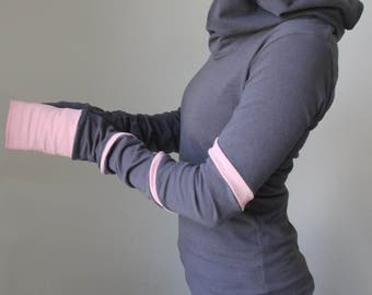 hooded top with extra long sleeves Cement Grey with Light Pink spiral stripes
