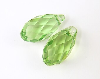 Green Crystal Beads Swarovski Peridot Briolette Faceted Teardrop Beads |GR6-5|2