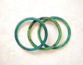 vintage 1960s / lucite / blue and green marble / bangles / bracelet set / mod / marble bracelet