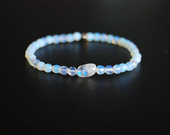 the moon child bracelet / mala bracelet / moonstone / iridescent / color changing / cosmic / boho