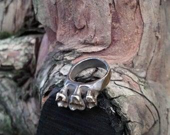 Omnivore - Ring in Bronze or Silver