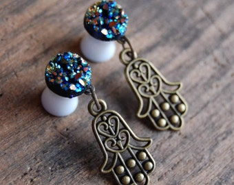2g (6mm) Rainbow Faux Druzy Rough Crystal Plugs Gauges for stretched earlobes with Hand of Fatima Charms. Dangle Hamsa Charm Plugs