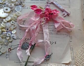 Valentine ornament - altered skeleton key ornament - NO021