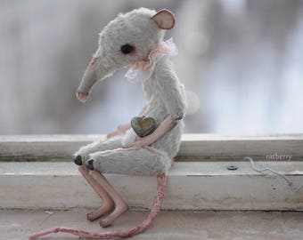"""Miniature posable dolls animals Rat figurine 7"""" BOY Baby Rat Creature mouse sculpture rag doll creepy stuffed animals dressed toy for blythe"""