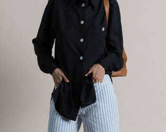 Vintage 90s Black Long Sleeve Shirt / Oversized Shirt / Shell Button