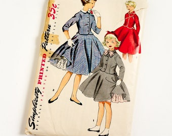 Vintage 1950s Girls Size 12 Two Piece Suit Dress Simplicity Sewing Pattern 1023 Complete / b30 w25 / Full Circle Skirt Petticoat Collar Bow