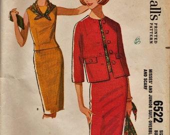 McCalls 6522 / Vintage 1960s Sewing Pattern / Jacket Blouse Skirt Suit / Size 12 Bust 32