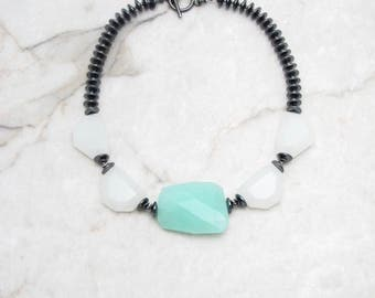 Big Bold Necklace. Big Stone Necklace. Stone Quartz Necklace. Big Chunky Necklace. Chunky Boho Necklace. Metallic Necklace. TaraLynEvans.ALA