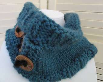 Cowl, Neck warmer with Button accents