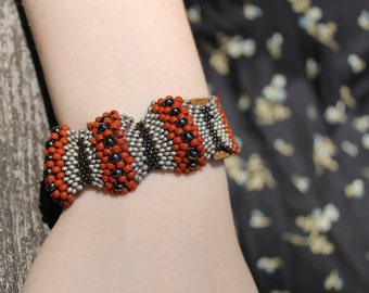 Bohemian Beaded Bracelet with Leather