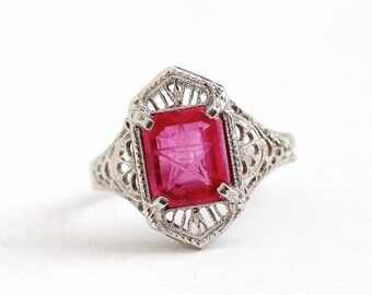 Sale - Vintage 10k White Gold Art Deco Created Ruby Order of the Eastern Star Ring - Size 5 1/4 OES Masonic Pink Incised Stone Fine Jewelry