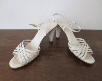Vintage '70s/'80s Amalfi by Rangoni White Leather Strappy Heeled Sandals, US Women's Sz 8